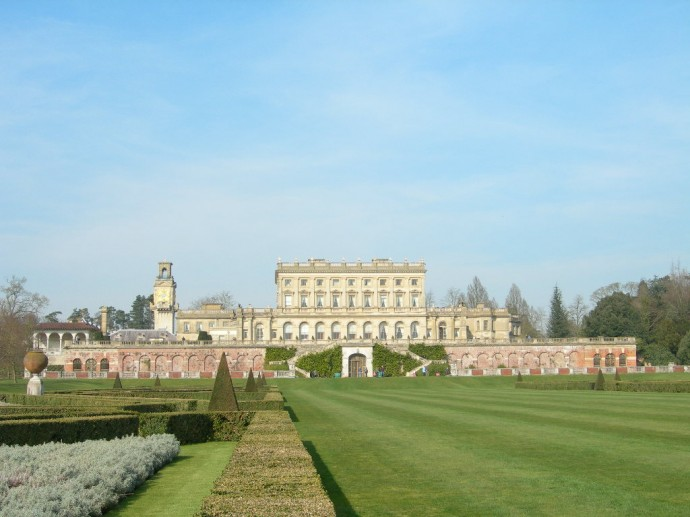cliveden_house_viewed_from_gardens
