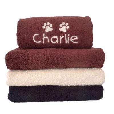 dogs-bathing-my-muddy-paws-personalised-pet-towel-chocolate-mup-00009-3